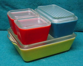 Pyrex Glass Refrigerator Jar Set Primary Colors