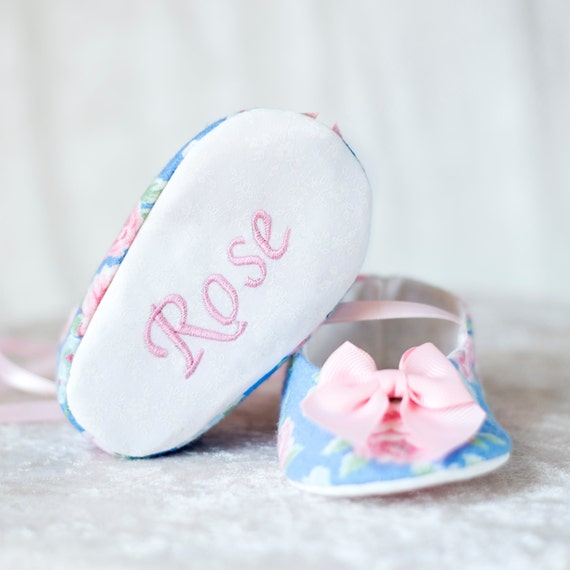 items similar to personalized baby shoe blue and pink bow