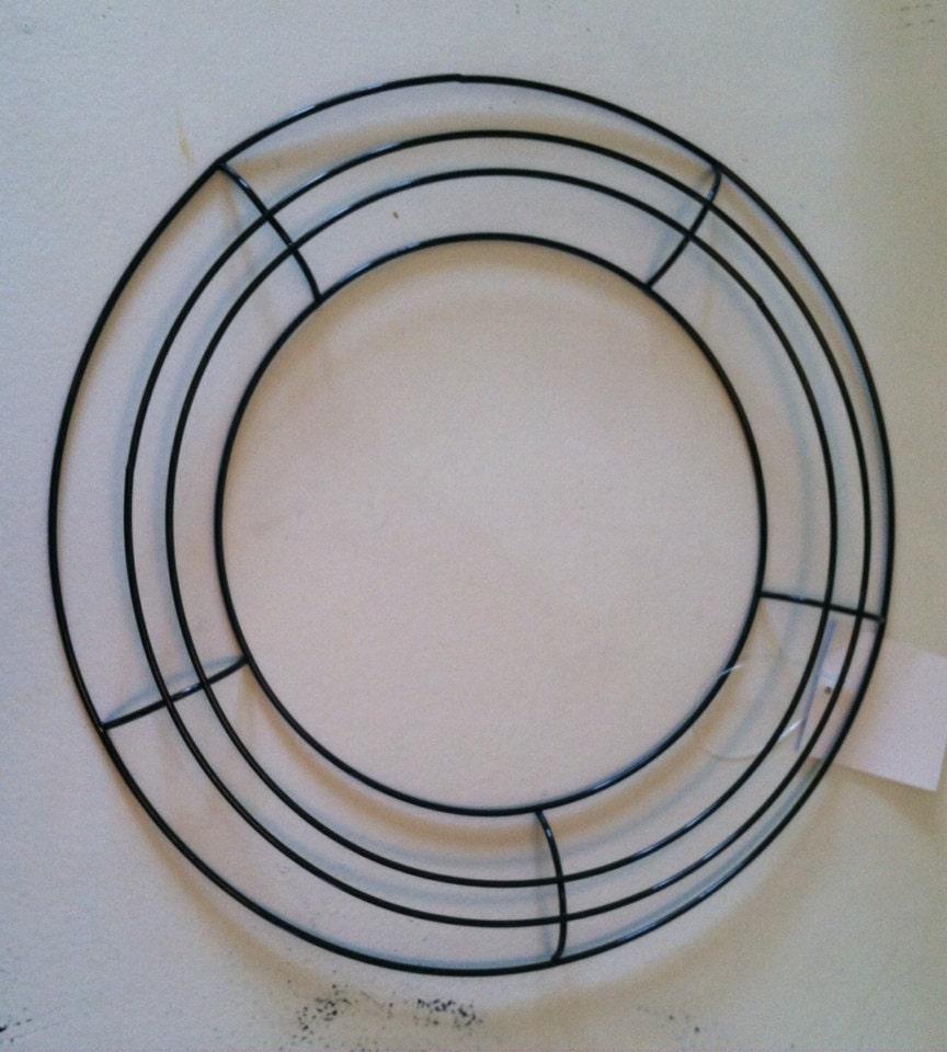 Round wire wreath base blank 16 inches in diameter