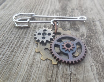 Steampunk Gear Pin Brooch