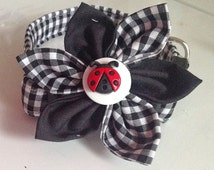 Black & White  Gingham Flower Collar for Female Dogs and Cats