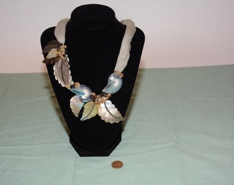 Vintage Shell Necklace Nature-Themed w/Thread ID#71