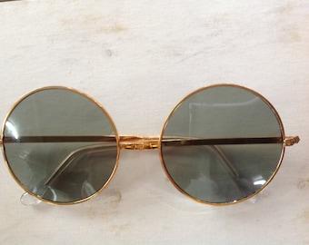 True Vintage MOD Hippie Sunglasses Gold Metal Frame Smoke Glass Lenses Japan NOS Lennon 7850