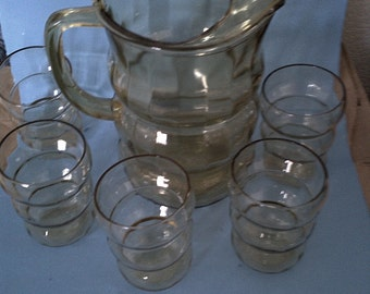Antique Ribbed Yellow Glass Pitcher & Glass Set (5 glasses) - Excellent condition