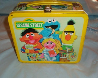 Vintage Aladdin Sesame Street Metal Lunch Box With Thermos (1979)