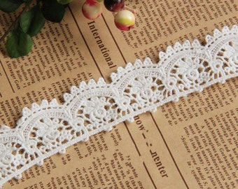 Off White Cotton Lace Trim Embroidery  Lace Trim Accessory 1.18 Inch Wide 2 Yards  L042