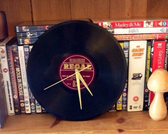 Retro 78 record wall clock
