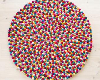 Felt ball rug - Multicolor (Fast Shipping) | Filzkugelteppich