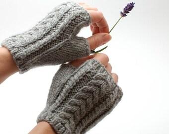 Knit fingerless glove short organic wool - Cable knit natural fingerless gloves mittens