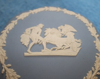 Wedgwood Blue Jasper ware Powder Box, Home Decoration, Vanity Decoration, Placarding, Bowl w matching Lid, Collectible, Classic Look