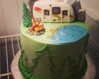 Handmade Edible Fondant RV Camping Cake Topper Set