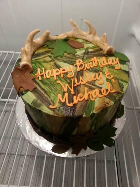 Edible Hunting Cake Decorations : Handmade Edible Fondant Antler Hunting cake topper set