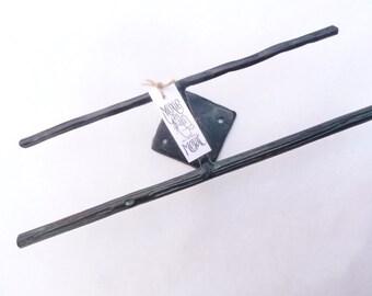 Jewelry Display - WM31 - 10 x 2.5 x 2 in. WALL MOUNTED