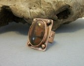 Cool copper ring with Picasso jasper cabochon, modern design, copper metalwork, size 8 US - copper jewelry - stone ring