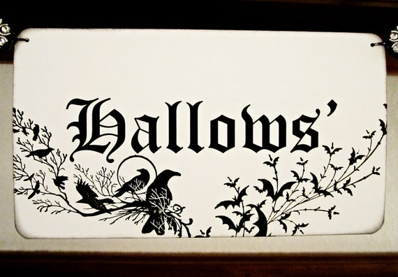 Halloween Decoration, Halloween Banner, Halloween Garland, Halloween Decor, Gothic Halloween, Wall Hanging, Black and Ivory, Black and White