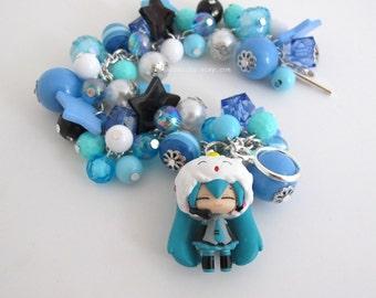 Hatsune Miku Japanese VOCALOID 2 Blue Chunky Beaded Bracelet. Kawaii Harajuku Style Blue, Black, White, Teal Bracelet