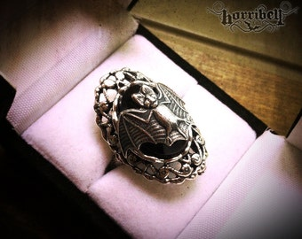 Gothic Ring - Bat Ring - Victorian Ring - Adjustable - Bat Jewelry