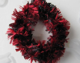 Set of 2 Red and Black Hair Scrunchies, Crocheted Ponytail Holder, Crochet Scrunchies, Girls Hair Accessory