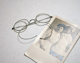 Reduced - Antique Wire Spectacles - Oval Shape - Vintage Eyeglasses