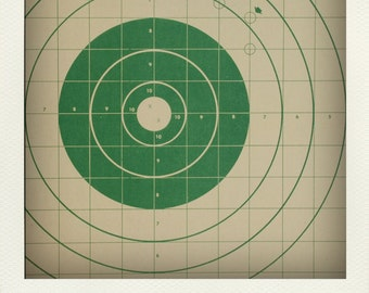 Vintage Graphic Paper Shooting Target Print - Green Graph Bullseye