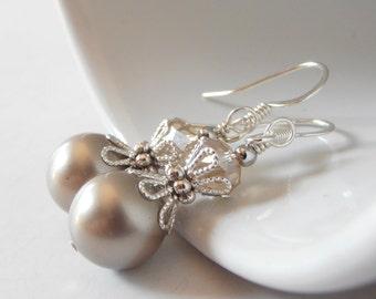 Taupe Bridesmaids Jewelry, Platinum Pearl Earrings, Beige Bridal Sets, Beaded Dangle Earrings, Bridesmaid Gift, Swarovski Pearl Jewelry
