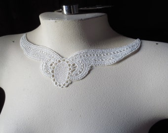 Ivory Lace Applique DYEABLE made in USA for Bridal, Jewelry or Costume Design IA 208