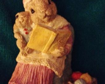 Stone Critters Rabbit Family Named Mom Storytime Figurine SEC 043