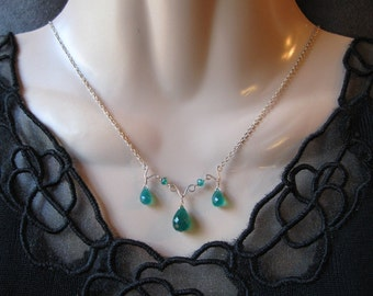 Green Onyx Necklace- Silver, Hammered Wire, Trio of Gemstones