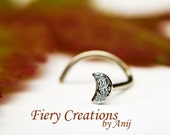 """Nose Screw / Tragus stud """"Glittering Crescent Moon""""- 18k SOLID white Gold, high polished with diamond Pavé texture"""
