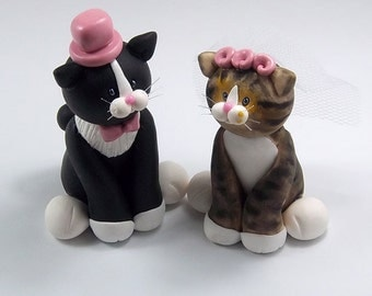 Tuxedo Cat and Tabby Cat, Custom Wedding Cake Topper, Personalized Wedding Cake Topper, Handmade Cake Topper, Wedding Decoration, Cats