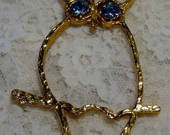 Vintage Retro Owl Pendant, Gold Tone, Light Blue Topaz Rhinestone Eyes, 1970s Jewelry, Estate Costume Woodland, Animal Bird Necklace