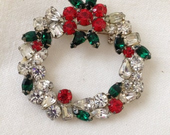 Rhinestone Christmas Wreath Brooch Knock Out Sparkle