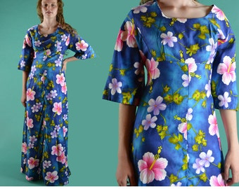 60s Vintage Maxi Dress HAWAIIAN Maxi Dress Tropical Floral Maxi Dress Empire Waist Long Maxi Dress Shelf Bust Bell Sleeve Caftan Dress M / L