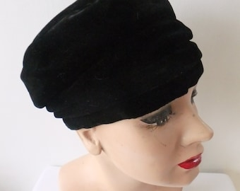 Vintage Hat Black Velvet Turban Designer Jacques Retro Fashion Accessories Formal Ladies Formalwear