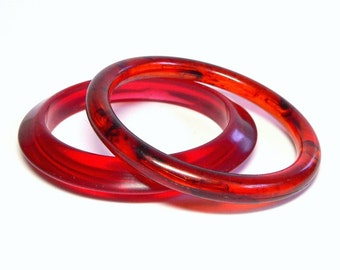 Mod 2 Bangle Bracelets with Tortoiseshell Bangle & Saucer Shaped Bracelet in Cherry Red - Vintage 50' to 60's Lucite Costume Jewelry Sets