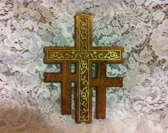 Medium Wood Calvary Cross