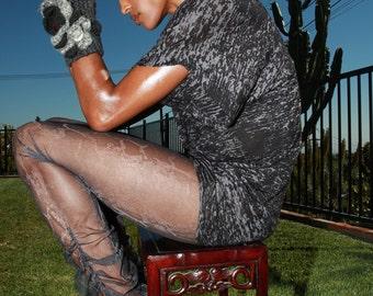 PLUS SIZE - Sheer Mesh Leggings in See through snakeskin print