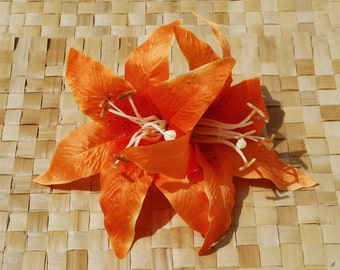 Amazing pin up hair double lily flower in bright orange rockabilly wedding vintage style 40s 50s