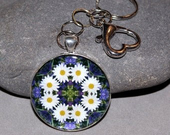 Daisy Purse Charm Keychain Boho Chic Mandala New Age Sacred Geometry Hippie Kaleidoscope Flower Child Mod Gypsy Unique Gift Secret Desire