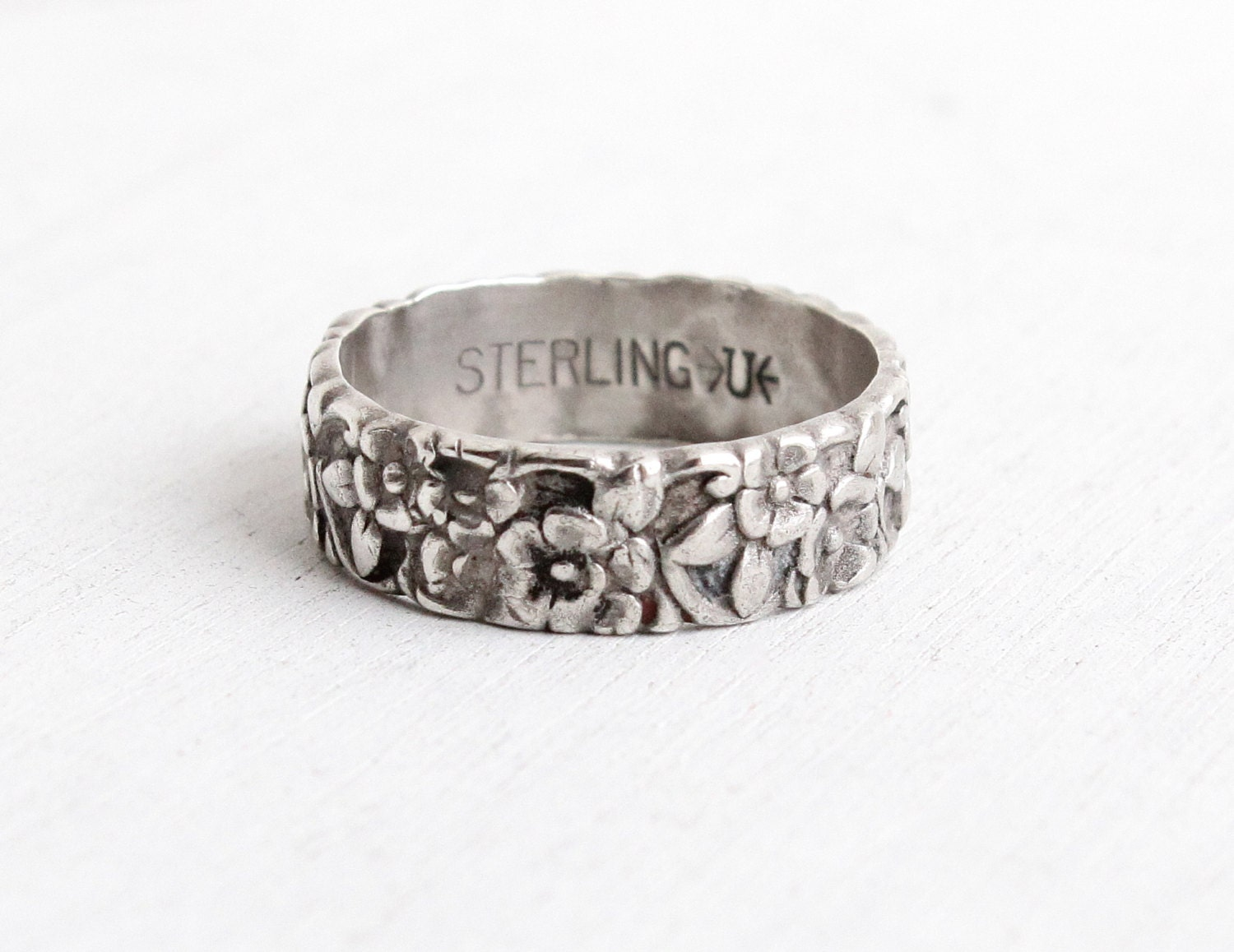 vintage sterling silver repousse flower ring size 7 34