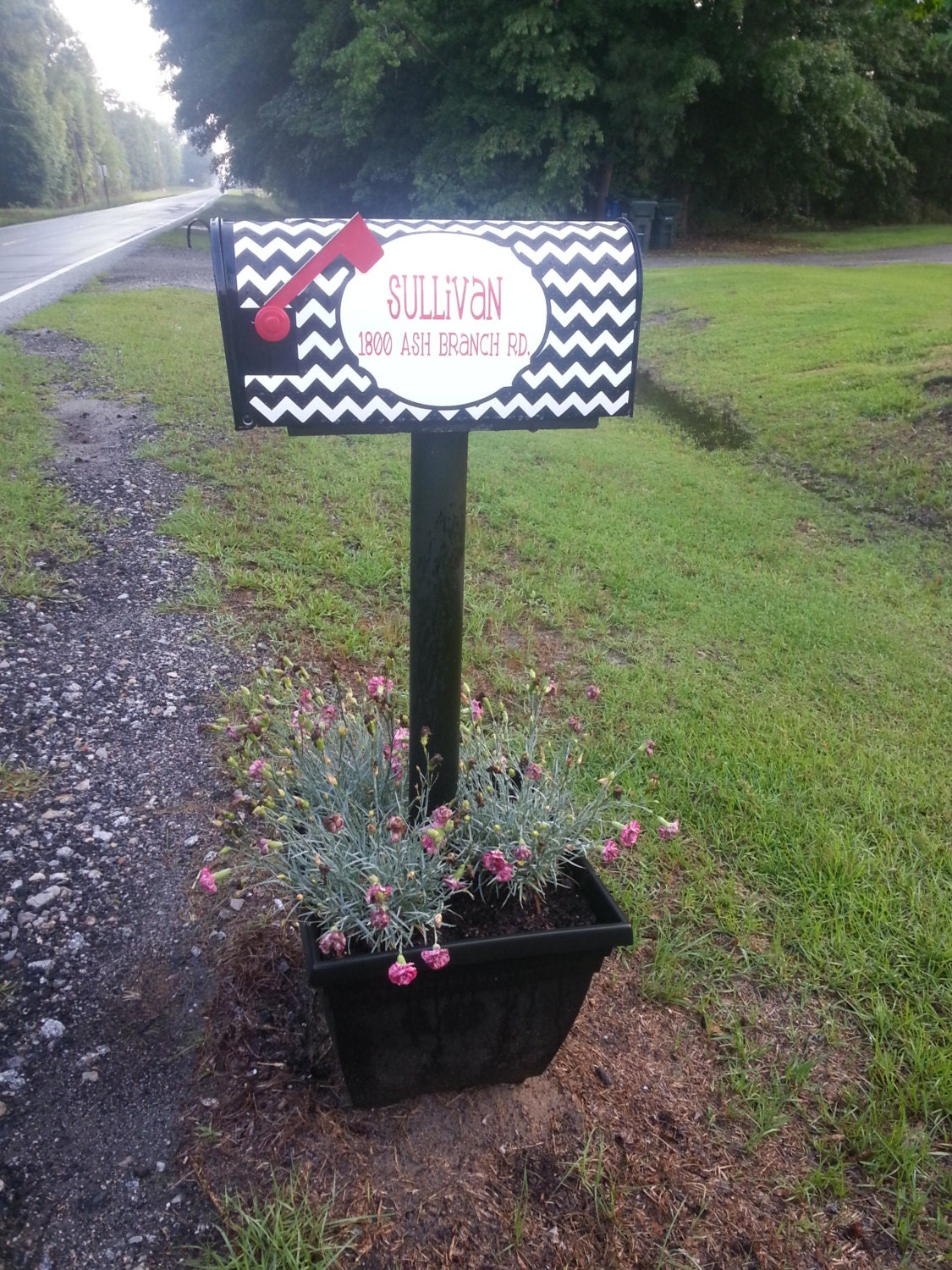 Personalized chevron magnetic mailbox cover black and white - Unique mailbox ideas for your home ...
