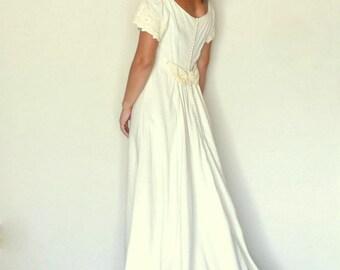 Vintage Wedding Dress - 1960s Cream Linen Lace Gown - Boho Mid Century Flutter Sleeve Dress - Small S
