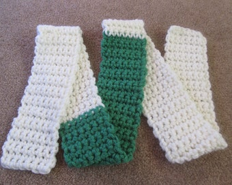 Chunky Green and White Scarf, Crochet