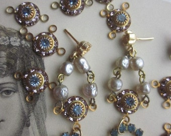 Vintage Swarovski  Light Sapphire And Light Amethyst  Connector With Three Hoops