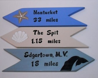 PERSONALIZED DIRECTIONAL SIGNS, Custom Handpainted Signs, Location Sign, Yard Art, 3 Signs set, Arrows, Favorite locations, Beach Signs