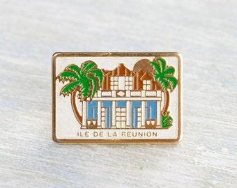 Isle de la Réunion Badge - souvenir from the Reunion Isle