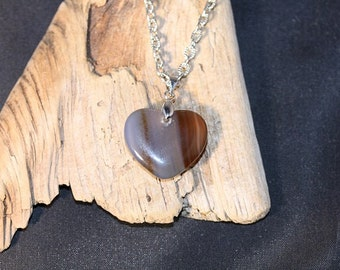 Agate Heart Pendant on 18 inch Cable Chain - Item 1120