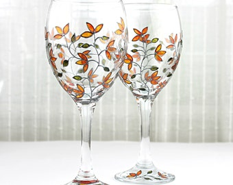 Wine Glasses, Yellow Tulips Design, Wedding glasses,  Anniversary Glasses, Toasting Glasses, Hand Painted, Painted Wine Glasses, Set of 2