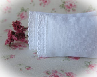 Dollhouse Miniature Set of 2 White Pillows with Pin-Dot Scallop Trim  - 1:12 scale, One Inch Scale