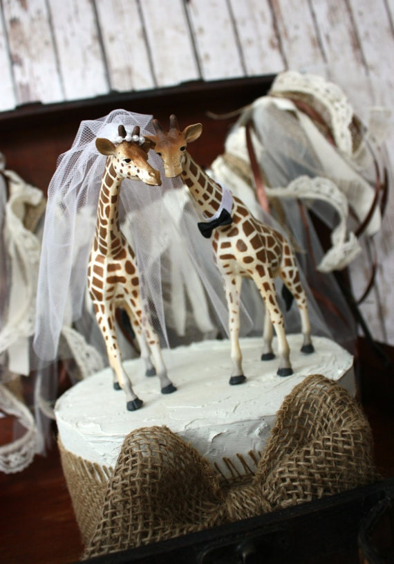 Giraffe wedding cake topper-animal-wedding by MorganTheCreator